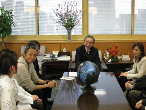 greenz.jp/グリーンズ 鴨下環境大臣に表敬訪問