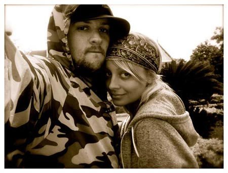 Nicole Richie & Joel Madden:   Copyright(C)2008 Richie-Madden Children's Foundation. All rights reserved.