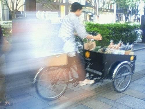 greenz/グリーンズ 三輪自転車野菜販売