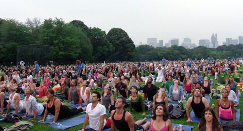 greenz/グリーンズ Yoga at The Great Lawn