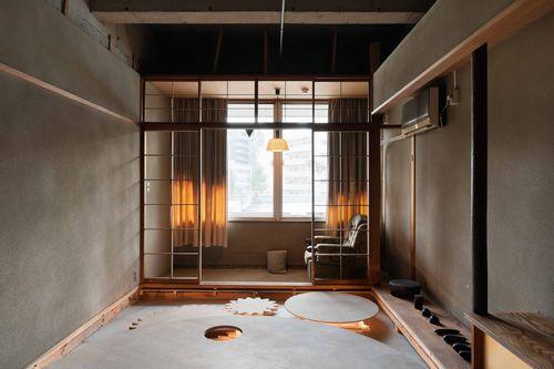 長坂常による客室。回転ベッドが気になりますね。そのインスピレーションの元は何かを知ると、さらに面白いのでは?