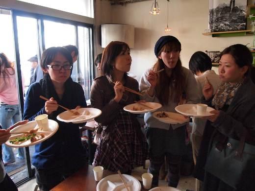 参加者のお皿もあっという間に空に。