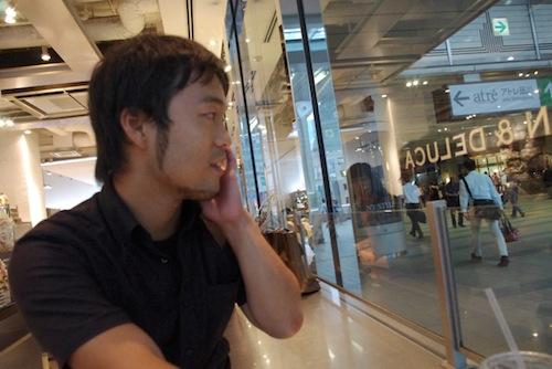 この日も秋田から駆けつけてくださった友廣裕一さん。この2日後、また石巻に戻って行かれました。