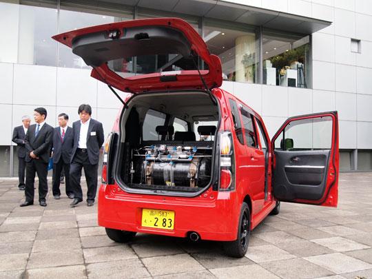 greenz/グリーンズ ガソリン混合水素エンジン自動車
