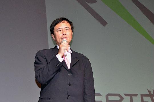 世田谷区長の保坂展人さん。公務の合間をぬって駆けつけてくださいました。