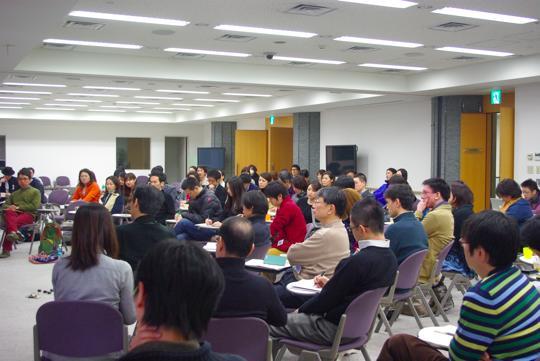 企業・NPO・財団などで活躍されている方々100名以上が参加