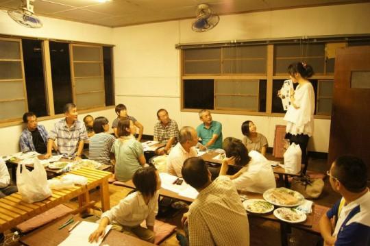 今回ご紹介する「松戸まちづくり会議」打ち合わせのようす。世代や性別を超えたメンバーが集まっている