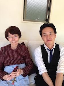 湯浅さんとお客様のツーショット