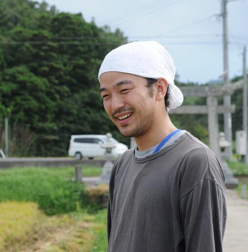 信岡良亮(のぶおか・りょうすけ)