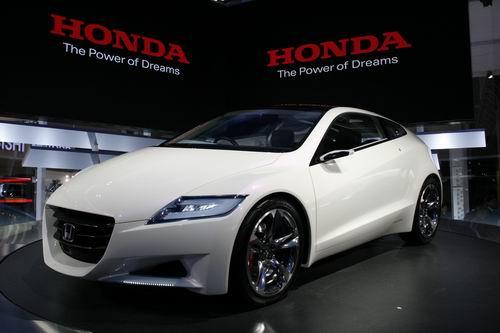 _ホンダ CR-Z/4人乗りのコンパクトなハイブリッドのスポーツカー